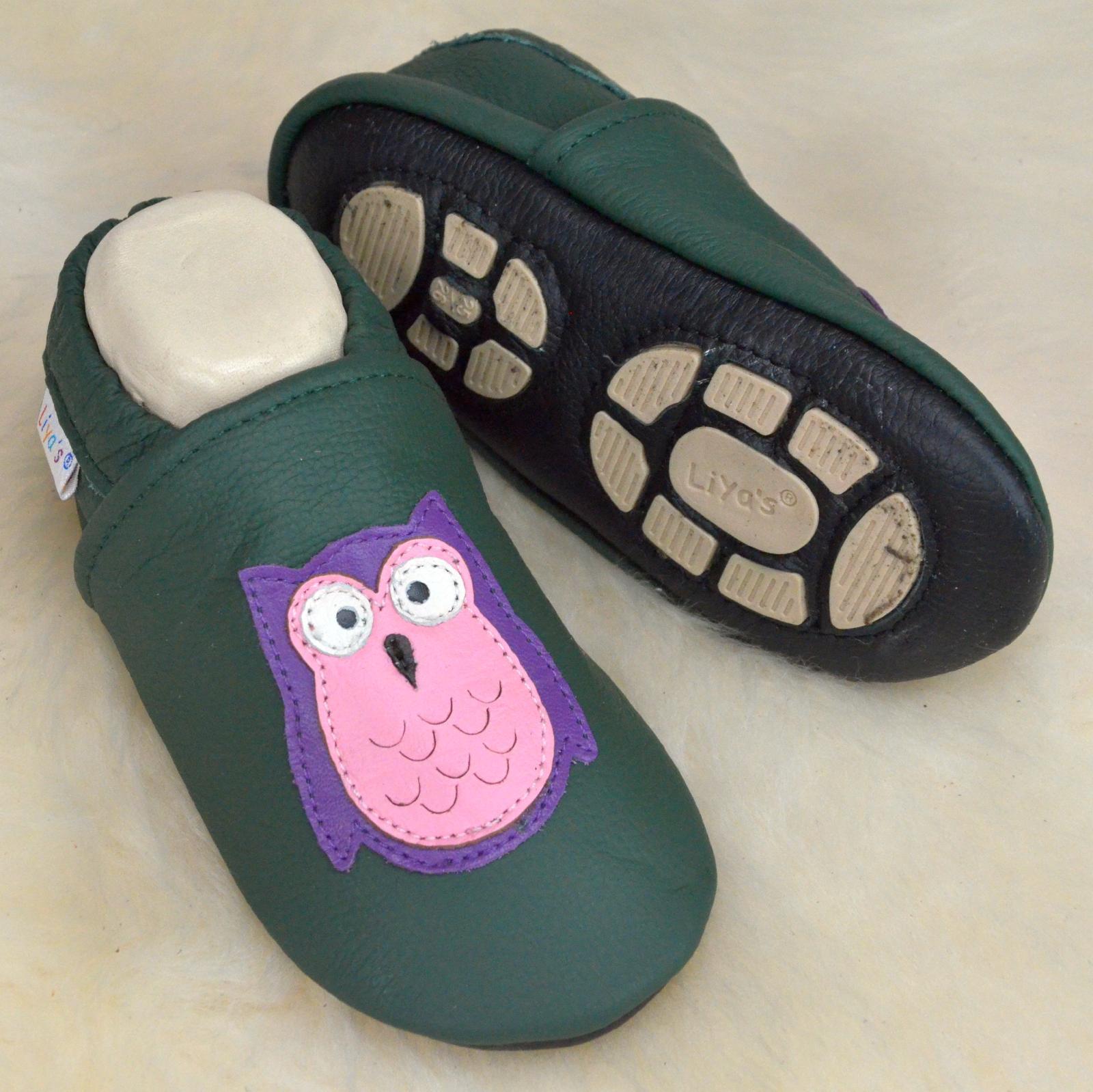 Liya's Babyschuhe Hausschuhe Lederpuschen - #638 Eule in kieferngrün