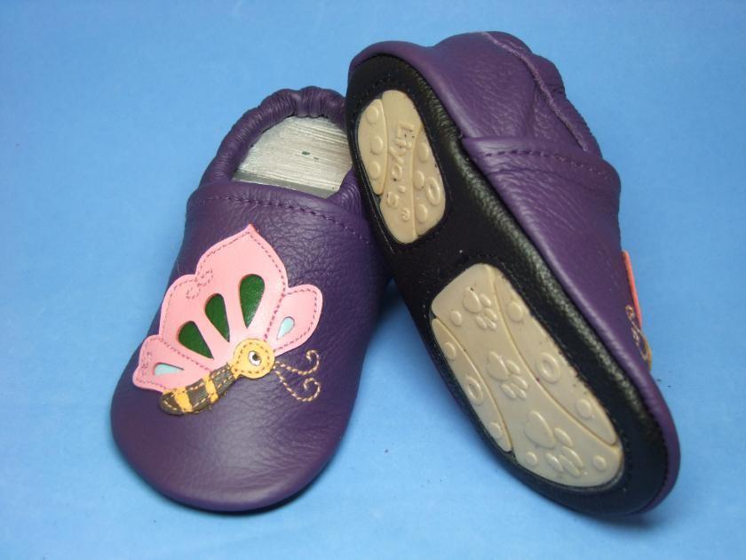 Liya's Hauschuhe mit Gummisohle - #661 Schmetterling in lila