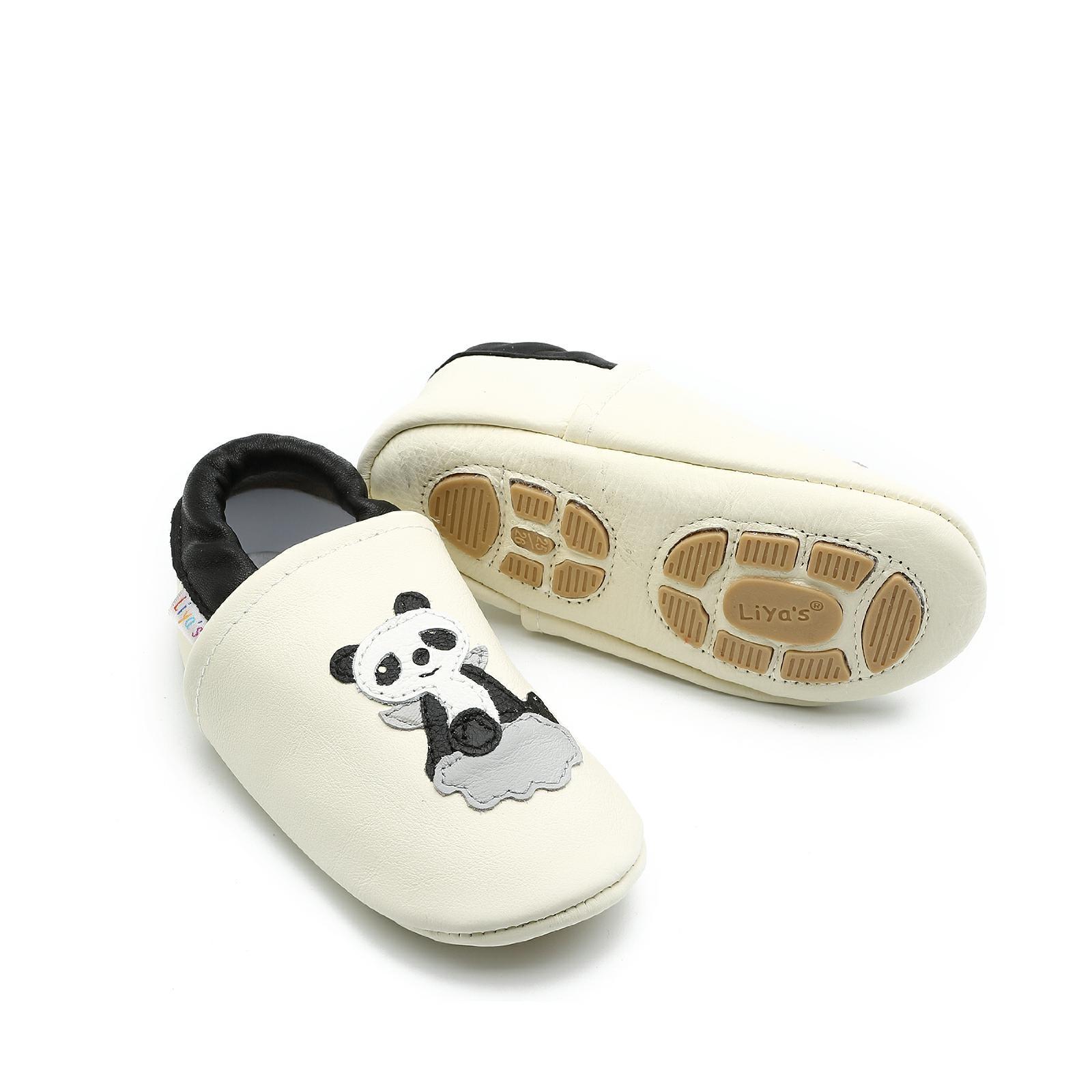 Liya's Hauschuhe mit Gummisohle - #602 Panda in weiß