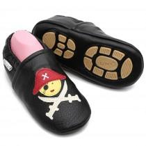 Liya's Krabbelpuschen mit Gummisohle - #680 Pirat in schwarz
