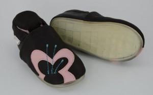 Liya's Lederpuschen mit Vollgummi -  #784 Schmetterling in braun